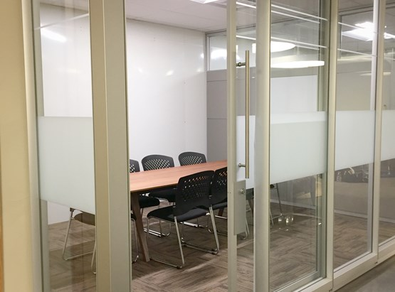 Small Meeting Room (up to 6 people)